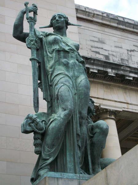 CapitolioWoman